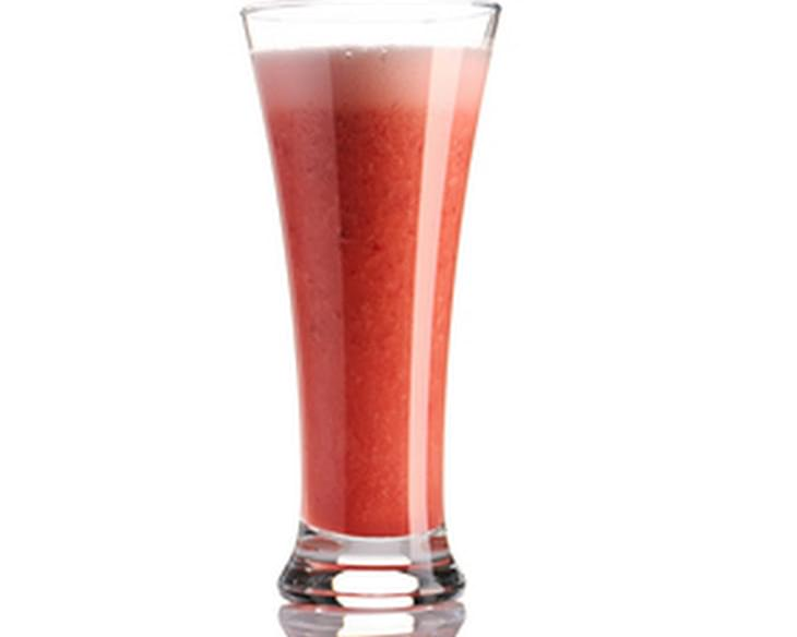 Summer Berry and Red Pepper Smoothie