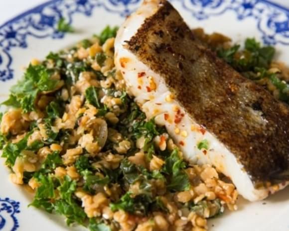 Seared Sea Bass with Lentil and Kale Salad