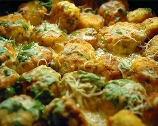 Chicken Balls In Creamy Sauce