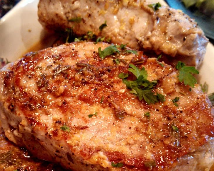 Sauteed Pork Chops with Lemon-Garlic Sauce