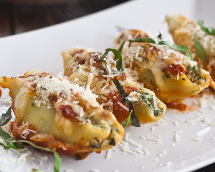Cheese and Spinach Stuffed Jumbo Shells
