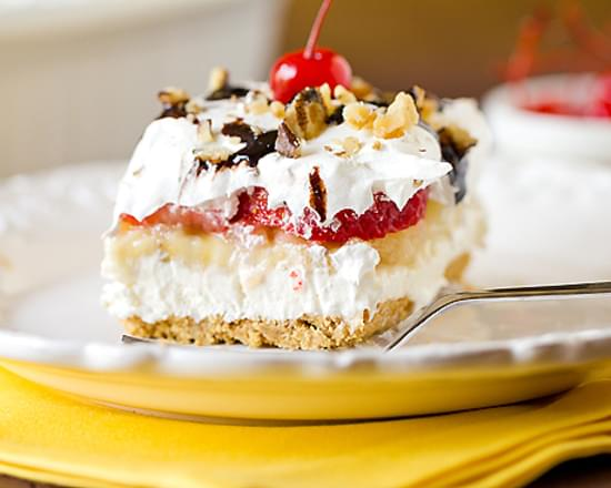 No Bake Banana Split Cake Dessert Recipe