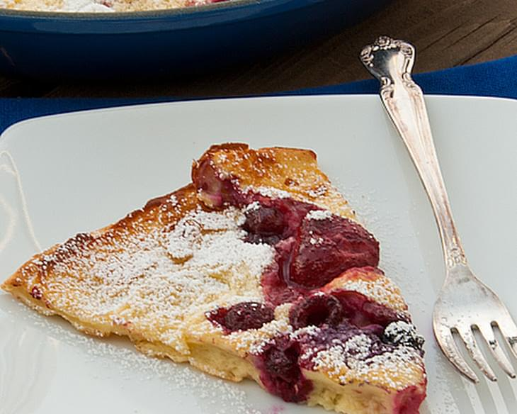 Berry Dutch Baby Pancake