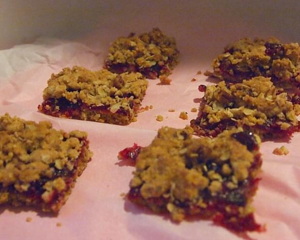 Fresh Cranberry Streusel Bars