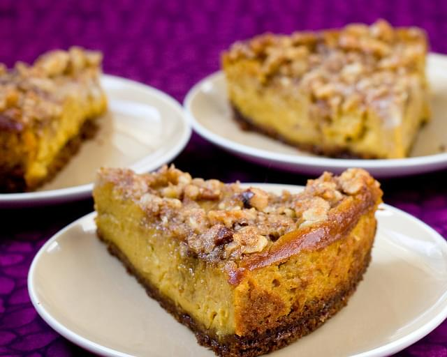Pumpkin Cheesecake With Pecan Crunch Topping