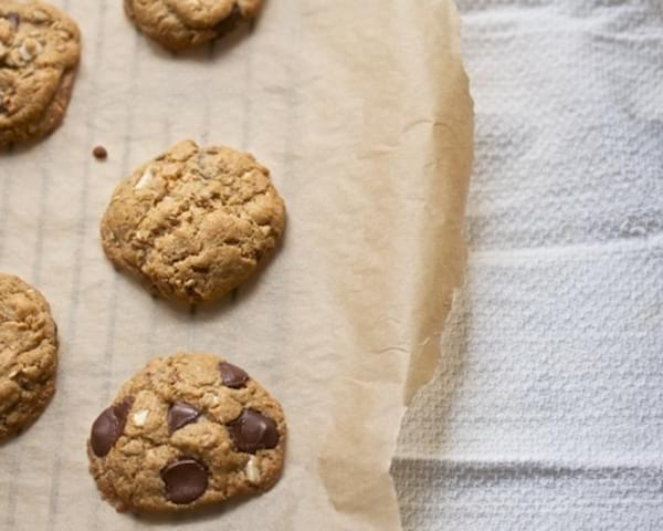 Flourless Peanut Butter-Chocolate Chip Cookies