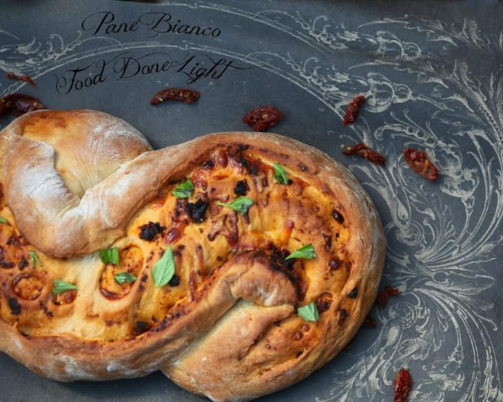 Sundried Tomato, Roasted Garlic, Cheese & Basil Bread (Pane Bianco)