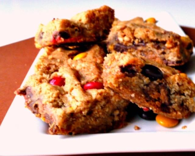 Candy Bar Blondies with MM's, too.