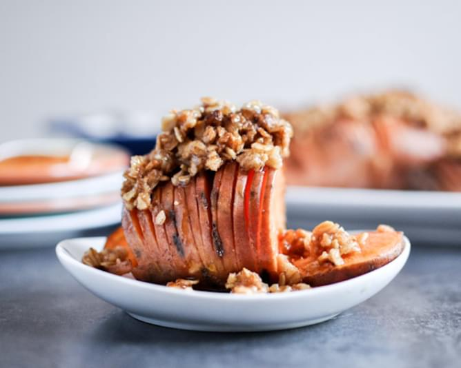 Cinnamon Sugar Hasselback Sweet Potatoes with Oatmeal Cookie Crumble