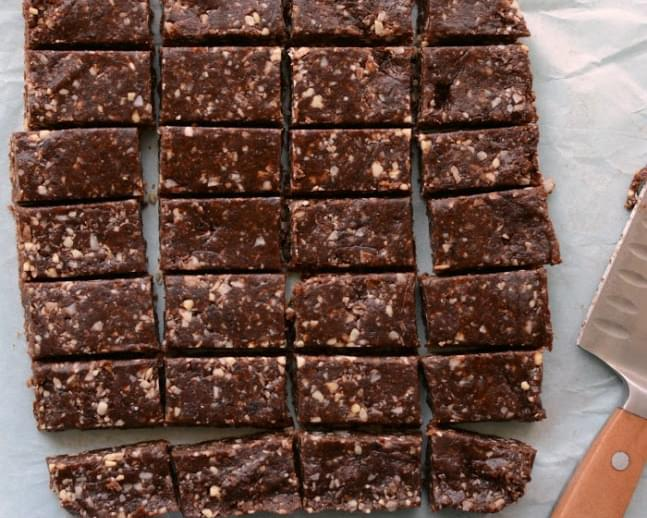 Healthy No Bake Snack Bars