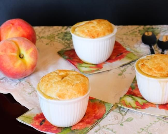 MINI PEACH COBBLERS