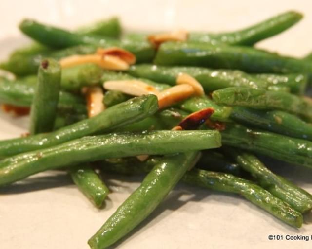 Simple Stove Top Green Beans with Almonds