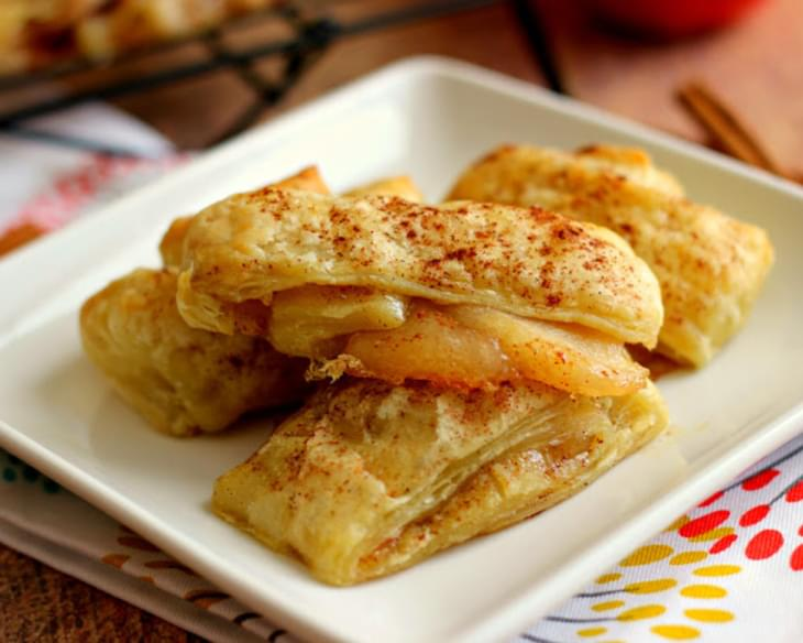Easy Apple Pie Croissants