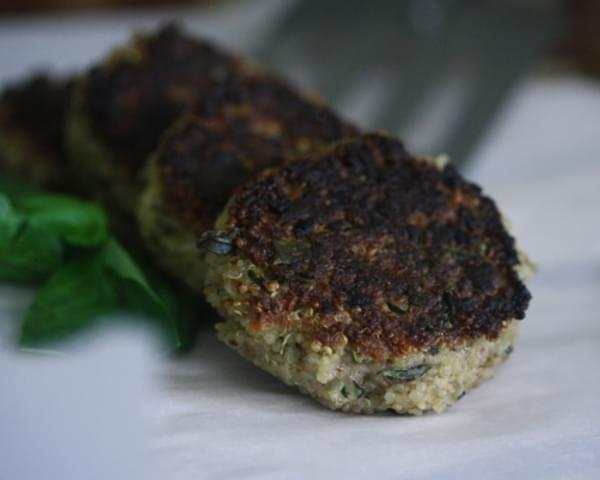 Nutty Quinoa Cakes With Basil and Parmesan