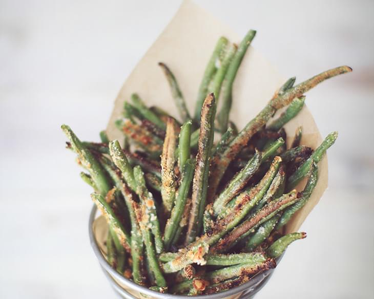 Crispy Baked Parmesan Green Bean Fries