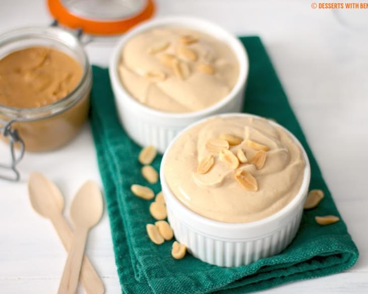 Healthy Peanut Butter Yogurt Dip (low fat, low carb, sugar free & high protein)