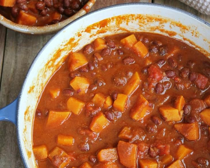 Spicy Sweet Potato and Black Bean Chili