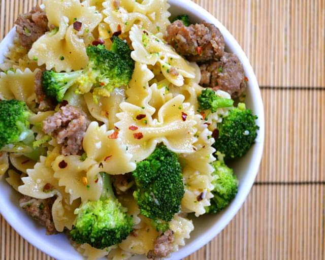 Spicy Sausage & Broccoli Pasta