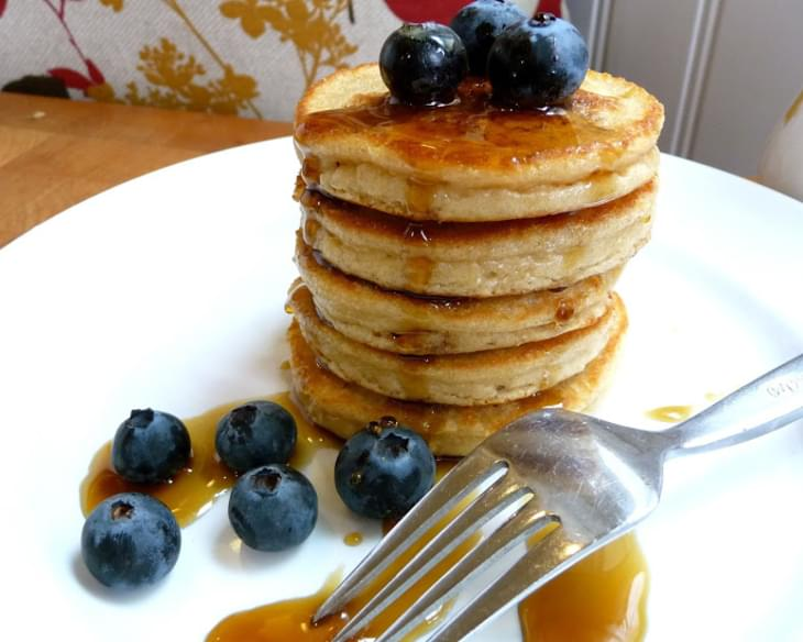 Fluffy Little Almond Flour Pancakes (GF, DF Option)