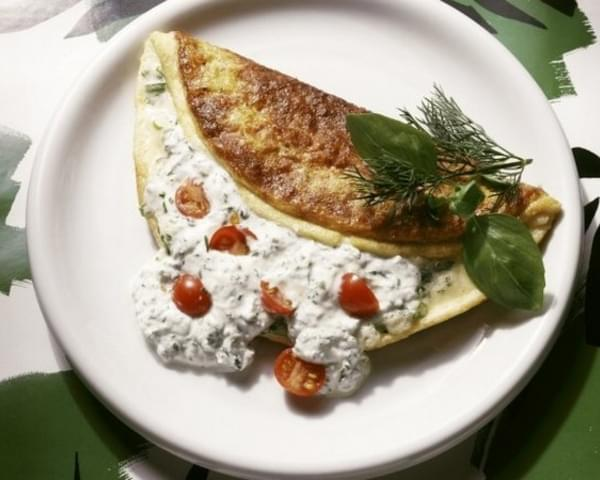 Herb Omelette with Quark Filling & Cherry Tomatoes