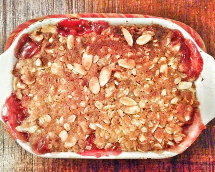 Easy Weeknight Rustic Peach Berry Crumble
