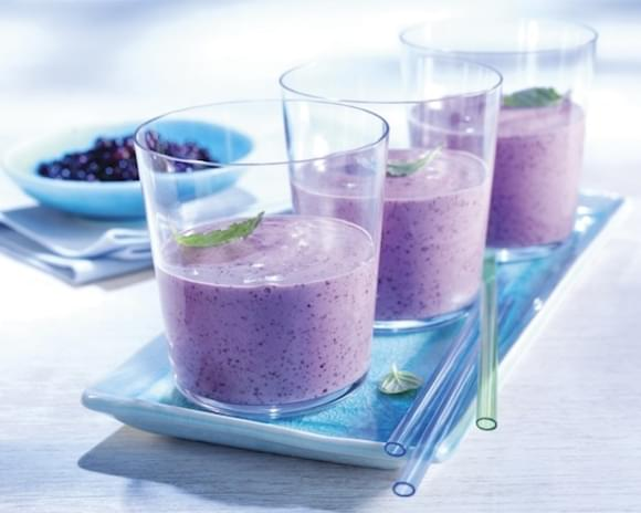 Creamy (and healthy) Blueberry Banana Smoothie
