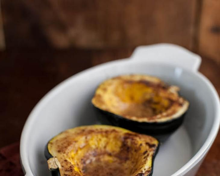 Maple Cinnamon Roasted Acorn Squash