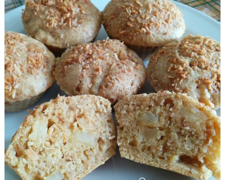 Pina colada muffins (Coconut pineapple muffins)