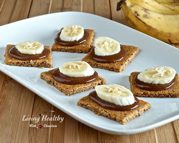 Paleo Graham Crackers Topped With Homemade Nutella & Bananas (grain, gluten, dairy, refined sugar free)