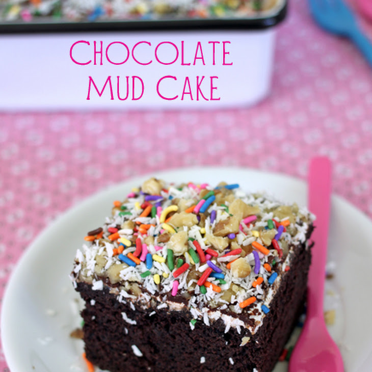Mississippi Mud Cake With Marshmallow Fluff