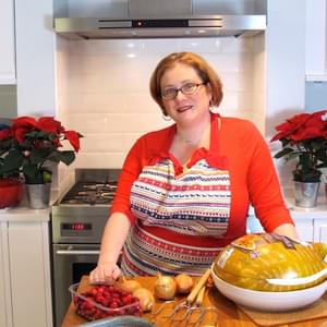 Preparing Christmas turkey and perfect bread sauce (with Bernard Matthews)