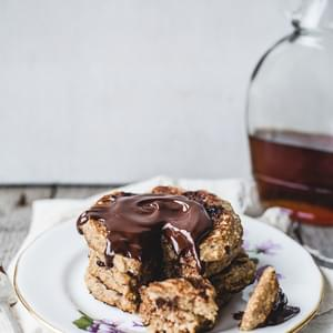 Oatmeal Chocolate Chip Cookie Pancakes for One {vegan + gluten free}