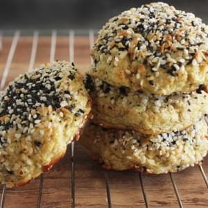 'Everything Bagel' Cauliflower Rolls