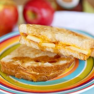 Maple Drizzled Apple-Cinnamon Grilled Cheese Sandwiches