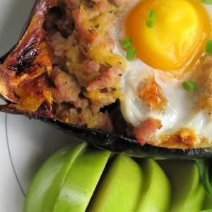 5 Ingredient Breakfast Stuffed Acorn Squash