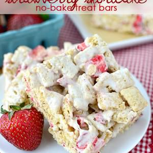 Strawberry Shortcake No Bake Treat Bars