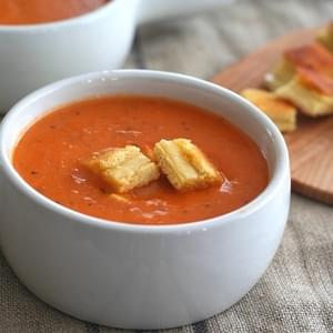 Grilled Chees Croutons & Simple Tomato Soup – Low Carb and Gluten-Free