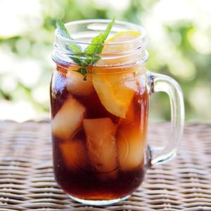 Southern Sweet Tea With a Secret Ingredient