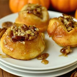 Mini Pumpkin Sticky Buns