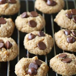 Vegan Flourless Peanut Butter Chocolate Chip Cookies