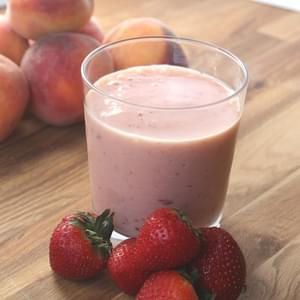 Strawberry Peach Banana Vanilla Smoothie