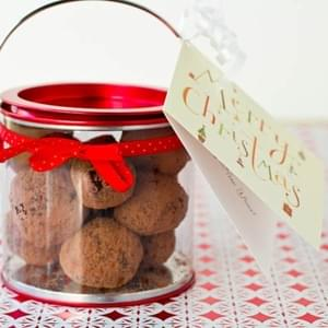 Vegan Chocolate Macaroon Truffles