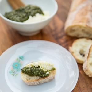 Pepita and Parsley Pesto