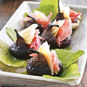 Grilled Figs with Dry Jack and Prosciutto
