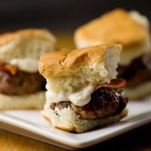 Sliders with Bacon and Horseradish Sauce
