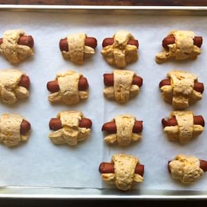 Whole Wheat Pigs in a Blanket with Cheddar