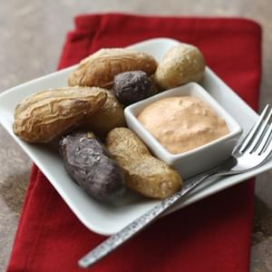 Roasted Fingerling Potatoes with Chipotle Garlic Dipping Sauce
