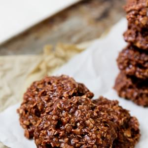 No-Bake Peanut Butter Chocolate Oatmeal Cookies