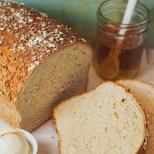 Homemade Honey Oat Bread