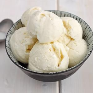Homemade Vanilla Bean Ice Cream